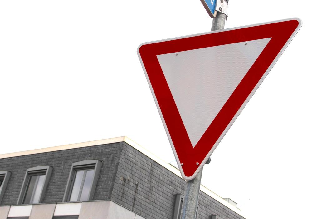 Vorfahrt gewähren, Straßenschild, Symbolbild. Foto: Archiv