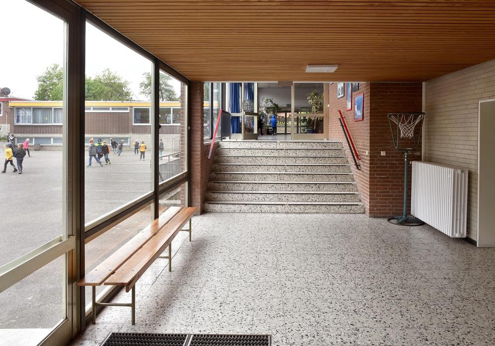 Seit 50 Jahren laufen Schüler durch die Gänge der Heidgartenschule. Foto: Stadt Wolfsburg