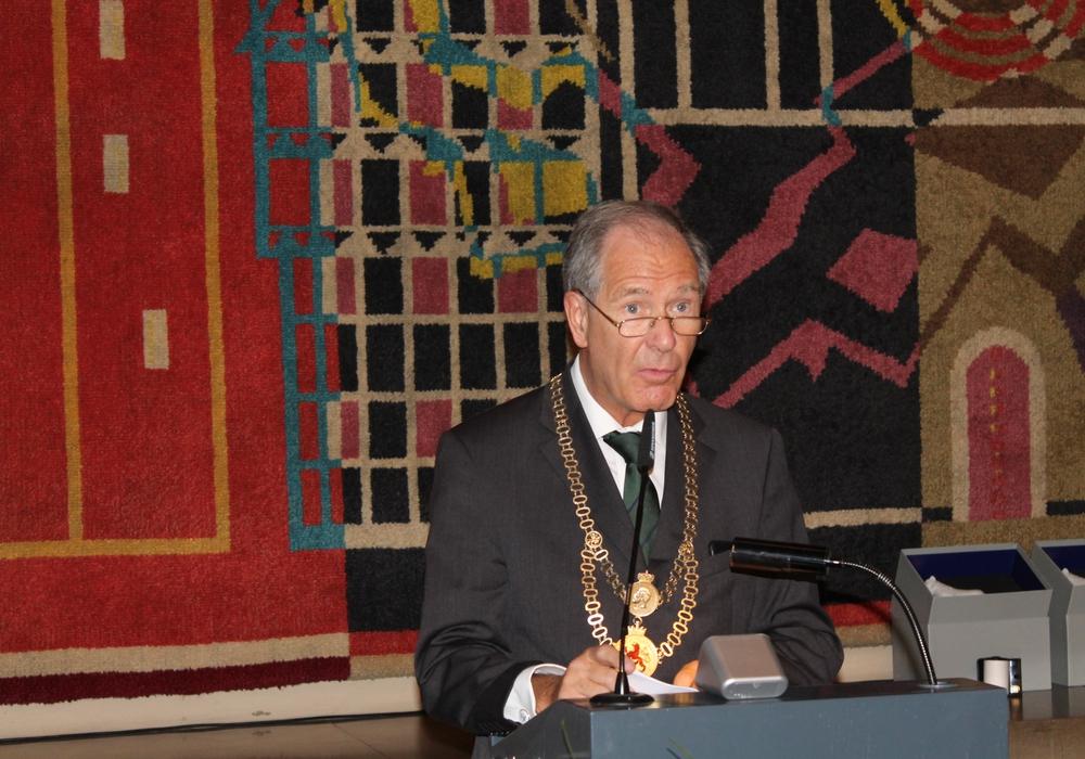 Der frühere Oberbürgermeister Braunschweigs ist Zeitzeuge und Gestalter. Foto: Balder