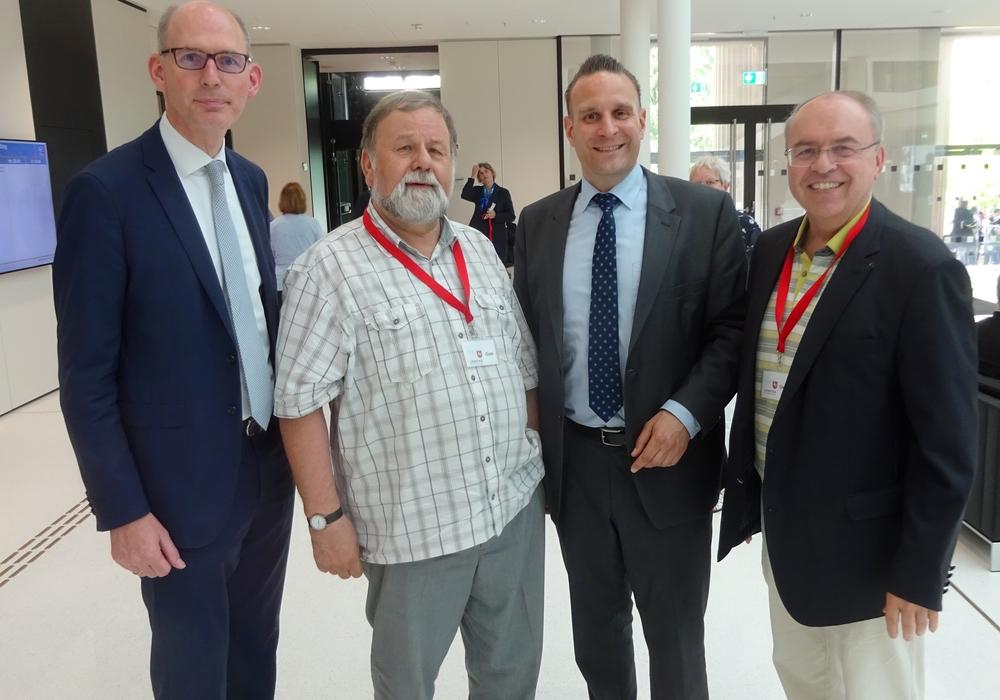Christoph Plett, Hans-Werner Fechner, Oliver Schatta und Dr. Burkhard Budde (v. li.). Foto: privat