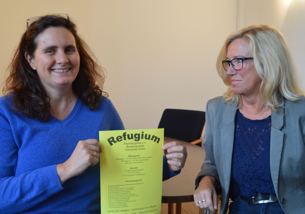 Im Bild: Claudia Heyden-Rynsch (links) und Petra Eickmann-Riedel, Foto: Richert