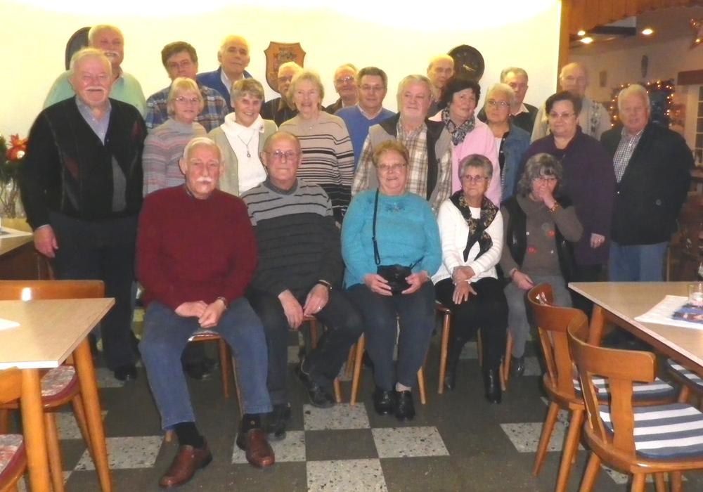 Die Jugend der 50er und 60er Jahre trifft im Stillen Winkel. Foto: Eckhard Müller