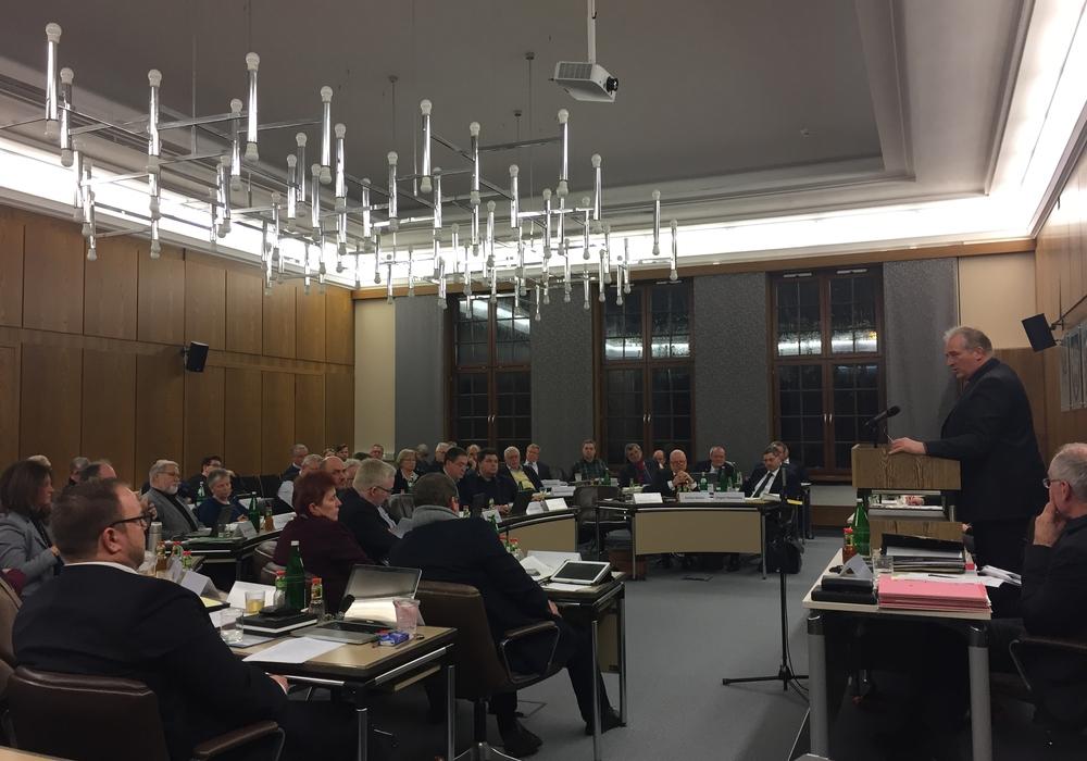 Der Antrag der AfD, die Kreistagssitzungen wieder via Internet live zu übertragen, wurde abgelehnt. Foto: Anke Donner