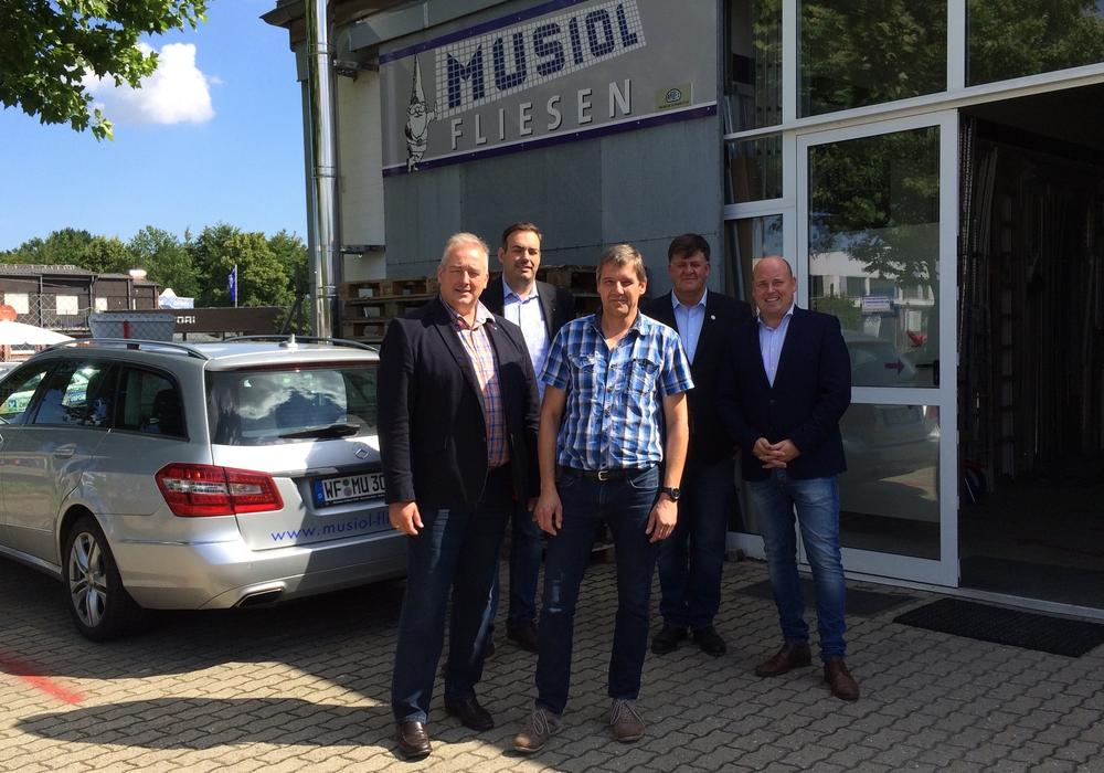 Frank Oesterhelweg, Tilo Geipel, Jens-Peter Musiol, Wolfgang Ullrich und Holger Bormann (v.li.). Foto: privat