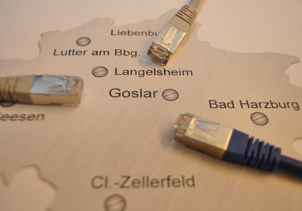 Beim Internetausbau ganz vorne mit dabei: der Landkreis Goslar gehört zu den sechs ersten Gebietskörperschaften in Niedersachsen die Geld aus dem Breitbandförderprogramm des Bundes erhalten. Bis Ende 2017 soll flächendeckend schnelles Internet verfügbar sein. Foto: Landkreis Goslar