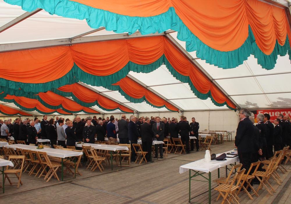 Am Samstag fand die Delegiertenversammlung des Kreisfeuerwehrverband Wolfenbüttel in Heere statt. Auf dem Programm standen zahlreiche Ehrungen. Fotos: Anke Donner