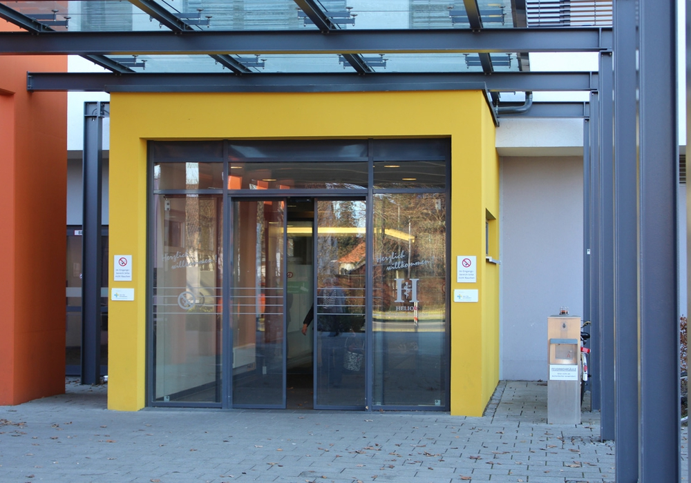 Der Eingang des Helios Klinikum. Foto: Alexander Panknin
