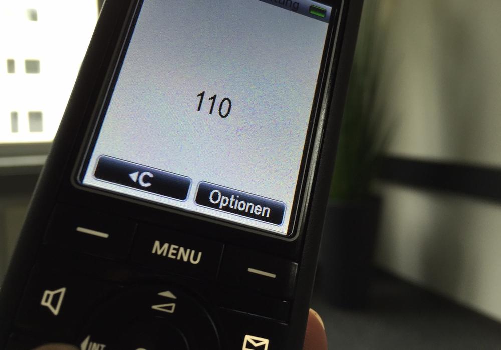 Die Polizei Wolfenbüttel gibt Tipps, wann man die 110 wählen sollte. Symbolfoto: Anke Donner
