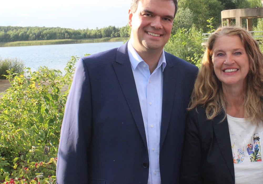 Die Landtagsabgeordneten Dr. Alexander Saipa und Petra Emmerich-Kopatsch wollen mit den Bürgerinnen und Bürgern in den Dialog treten. Foto: SPD