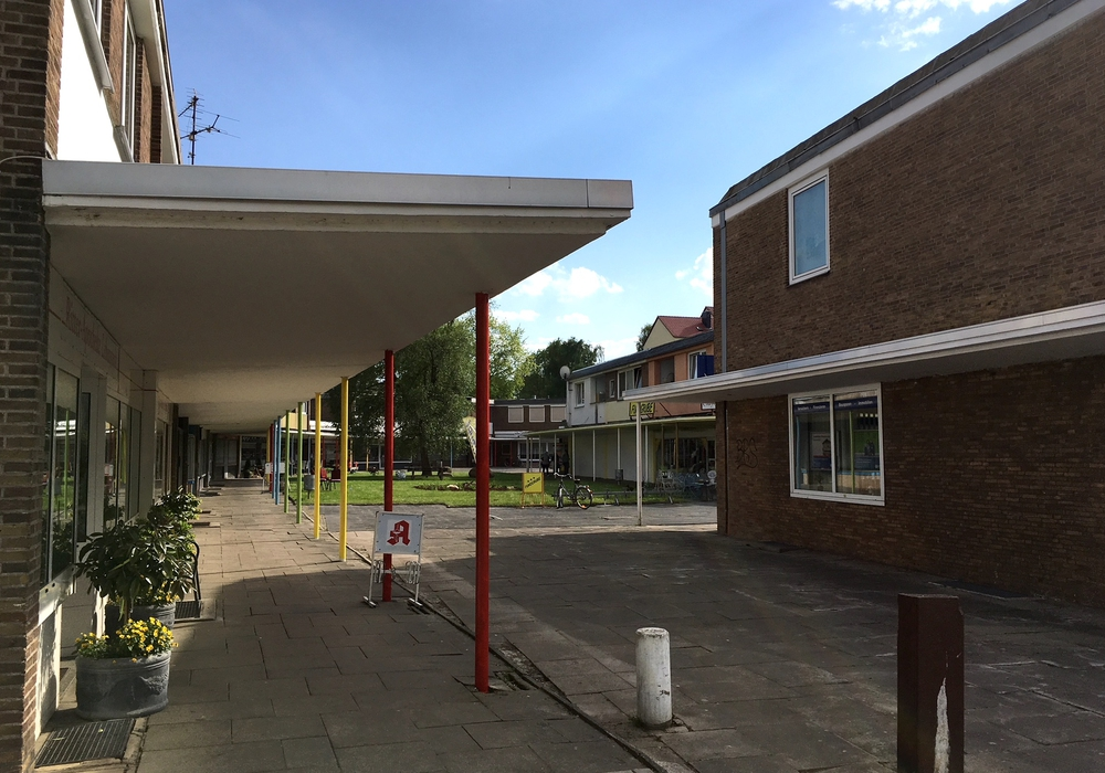 """Der """"zentrale Versorgungsbereich Stormstraße"""" soll mit einem Bebauungsplan vor Spielhallen und Wettbüros """"geschützt"""" werden. Foto: Alexander Dontscheff"""