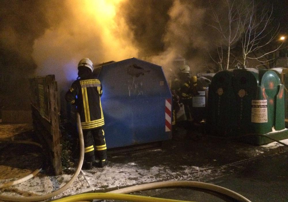 Stammen die aktuellen Brände noch von einem Täter oder sind möglicherweise Trittbrettfahrer am Werk? Foto: Feuerwehr Fallersleben
