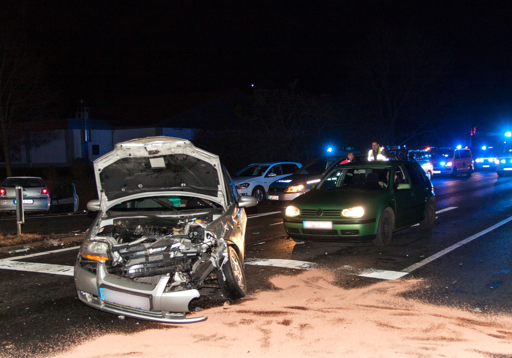 Der Unfall forderte zwei Verletzte. Fotos (2): Rudolf Karliczek