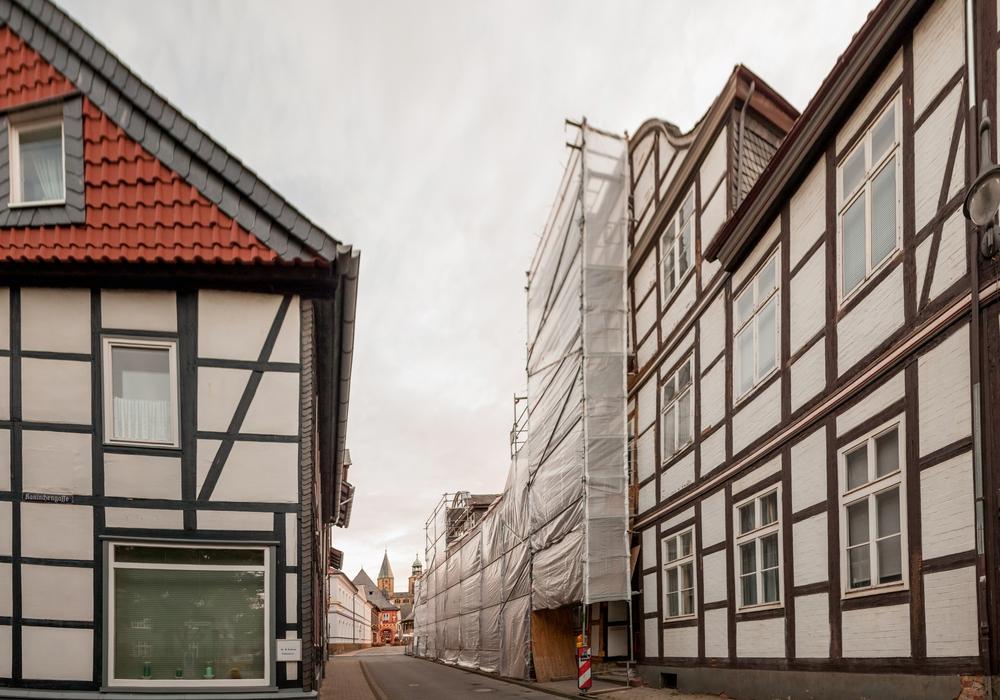 Die Fassade in der Kornstraße 97 beschäftigt weiterhin die Politiker. Foto: A. Pein