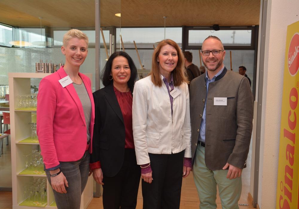 Die Redner des Abends waren: Corinna Werner, Carola Weitner-Kehl als Gastgeberin, Cordula Miosga und Heiko Bartels. Foto: TIW