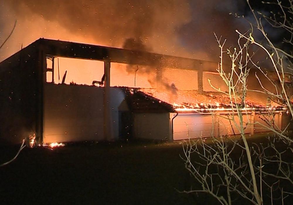 Nach dem Brand in der Sporthalle Lehndorf: Halle soll eine Tribüne erhalten. Foto: Archiv