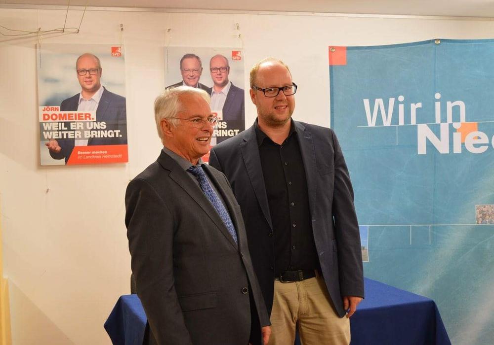 Peter-Jürgen Schneider kam am gestrigen Dienstag auf Einladung des Landtagskandidaten Jörn Domeier nach Königslutter. Foto: SPD Helmstedt