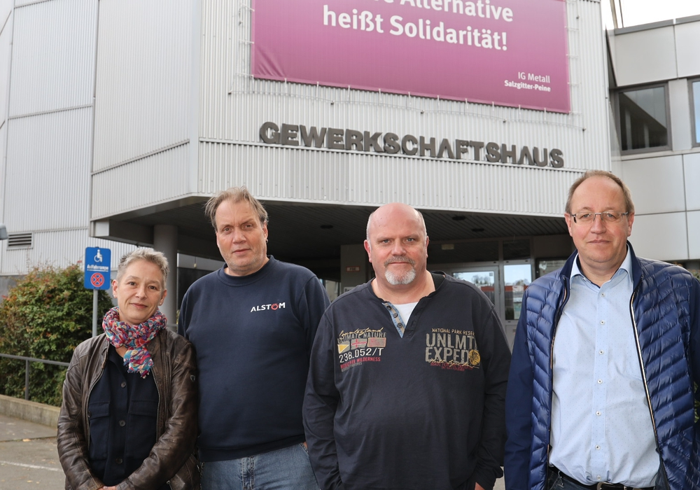 Marion Koslowski-Kuzu, Thomas Ueckert, Thomas Stiller und Eckhard Krause-Osten stellten die Ergebnisse vor (v. li.). Foto: Rudolf Karliczek