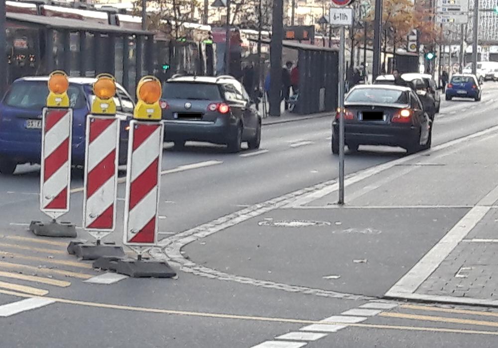 Der Verkehr wird auf eine Spur gelenkt, bleibt das in Zukunft so? Foto: Braumann