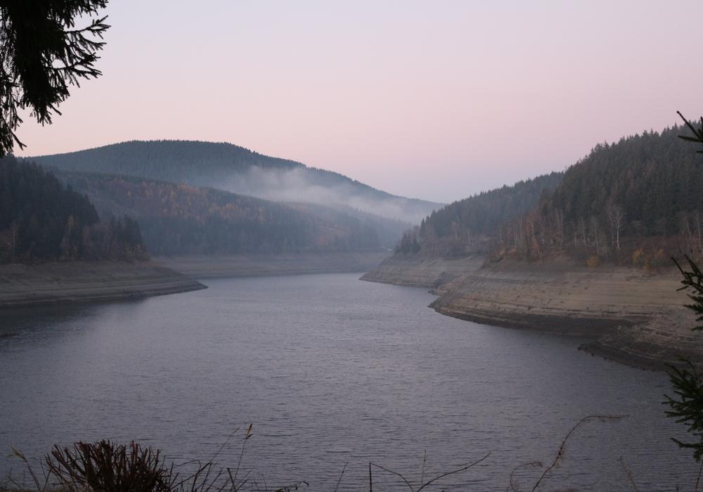 Die Talsperren (hier die Okertalsperre) profitieren vom aktuell nassen Wetter - und mit ihnen die Trinkwasserversorgung der Region. (Archivbild)