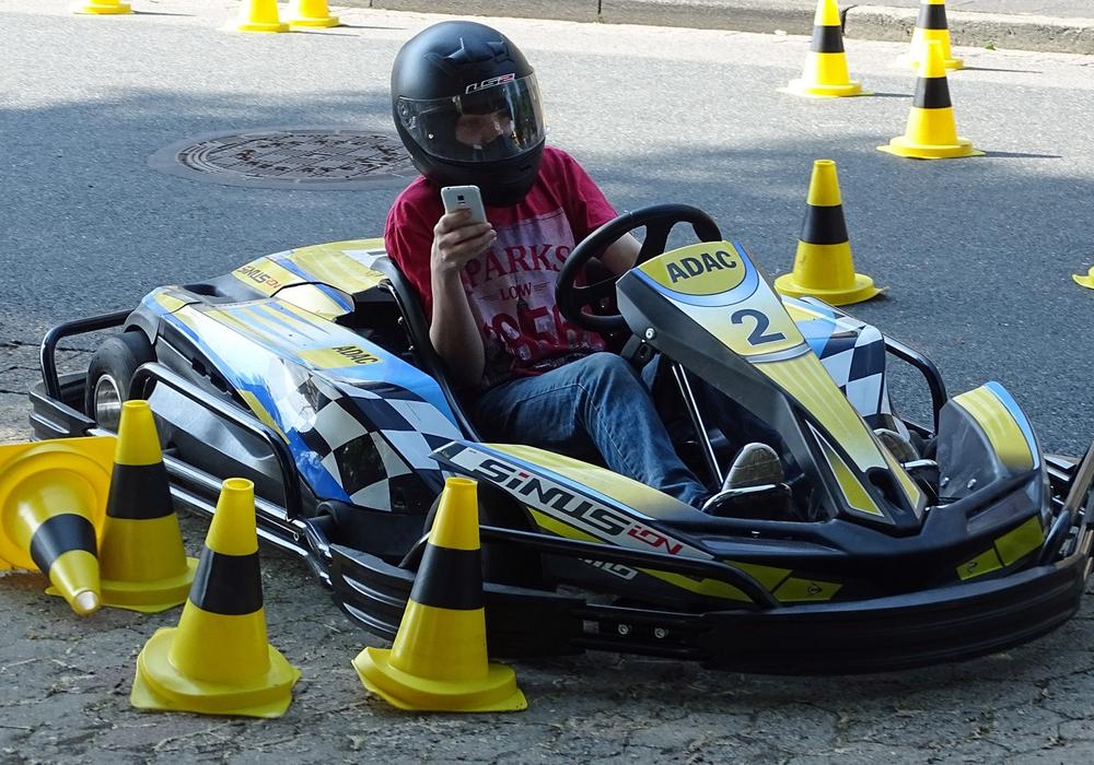 Junge Fahranfänger seien im Straßenverkehr besonders gefährdet. Foto: ADAC Ortsclub Helmstedt