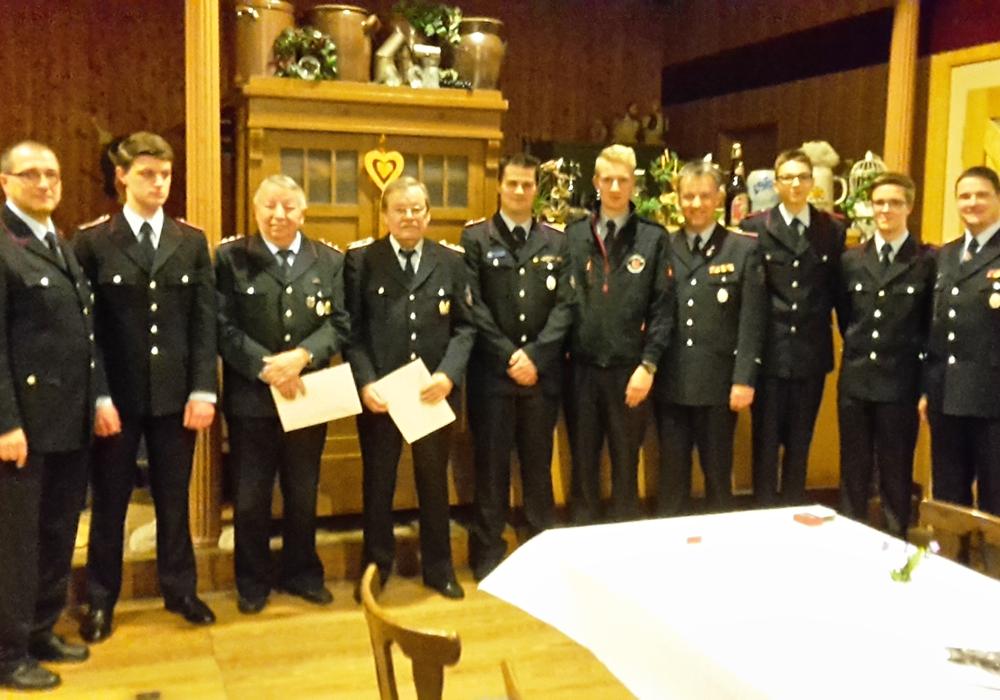 Im Rahmen der Jahreshauptversammlung wurden einige Ehrungen und Auszeichnungen vorgenommen. Fotos: privat