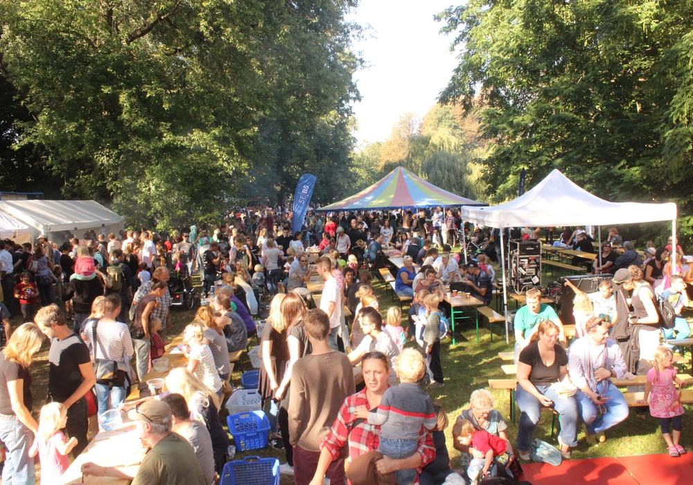 Der Bürgerpark wurde am Sonntag wieder zu einem bunten Kinderfest. Fotos: Anke Donner