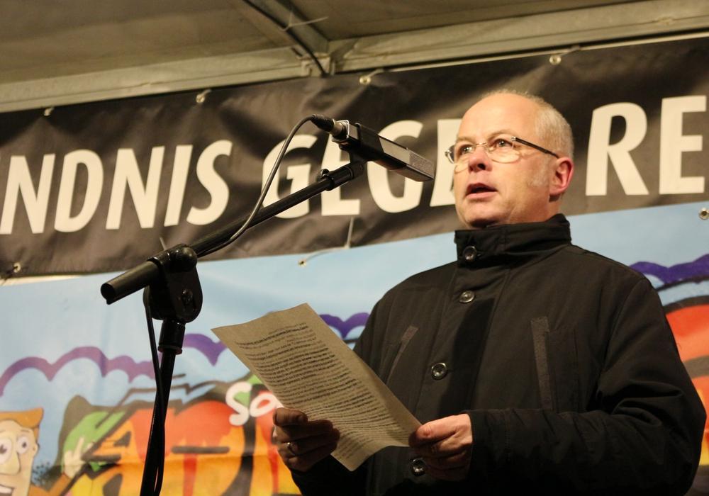 Udo Sommerfeld auf einer Kundgebung des Bündnisses gegen Rechts (Archivbild)