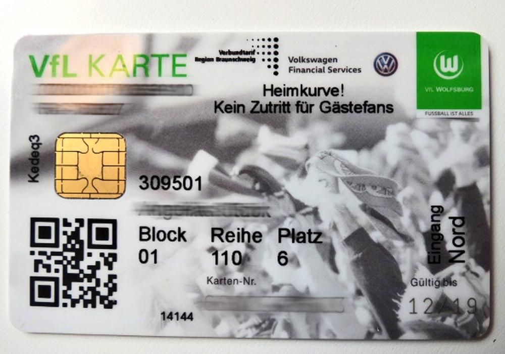 Zirka 800 Anhänger des VfL verlieren ihre Dauerkarte. Symbolfoto: Angelika Stück