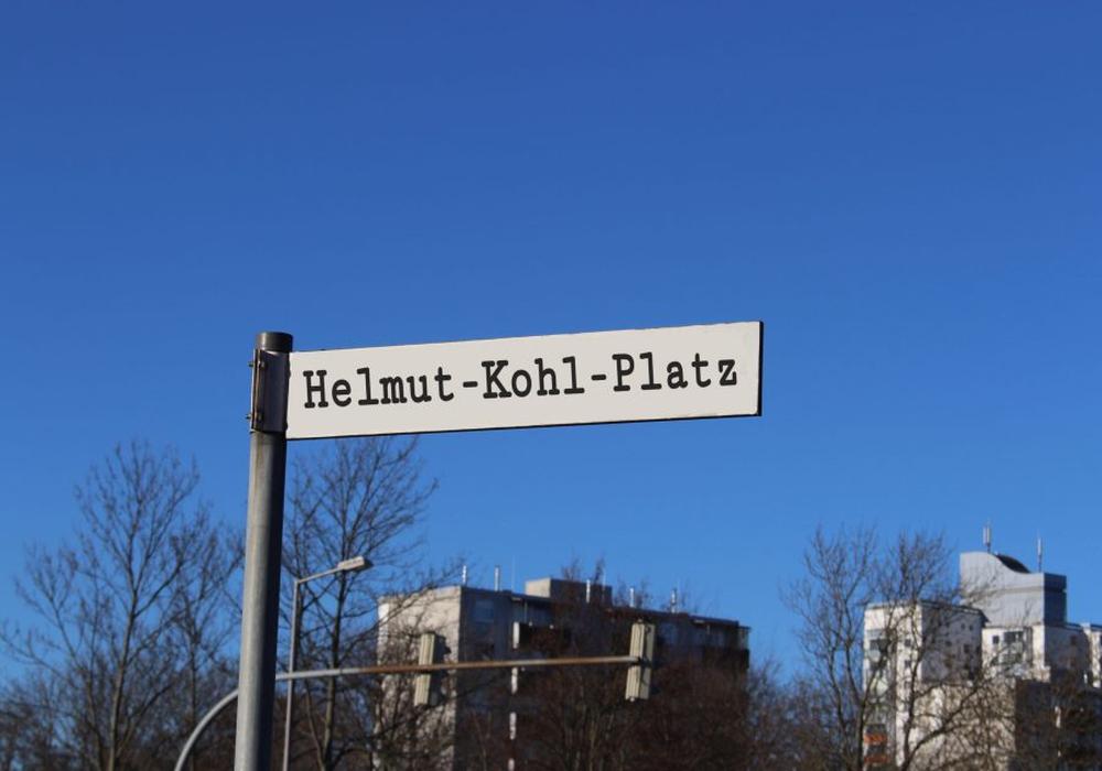 Einen Helmut-Kohl-Platz wird es in dieser Form wahrscheinlich nicht geben. Fotomontage.