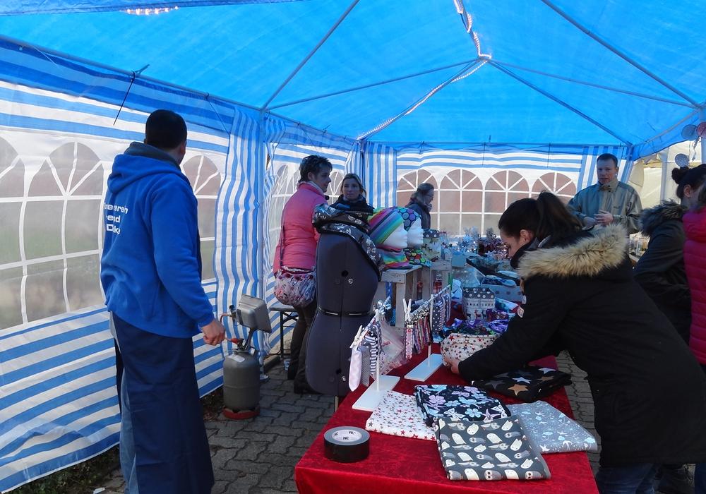 Am vergangenen Wochenende fand in Denkte wieder der Weihnachtsmarkt statt. Foto: Privat