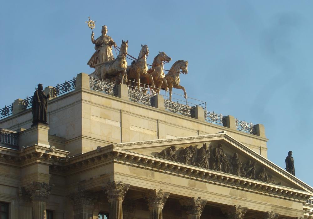 """""""Geburtstagskind"""" Quadriga ist der Anlass für die Veranstaltungsreihe auf dem Schlossdach. Foto: Schlossmuseum"""
