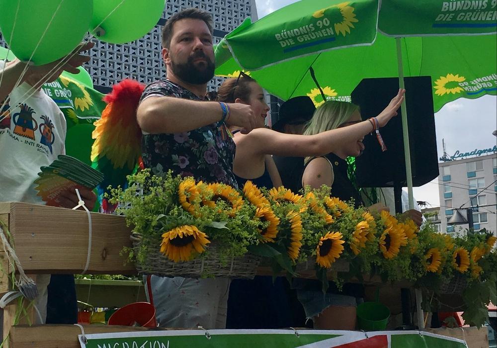 Mitglieder von Bündnis90/Die Grünen auf dem CSD in Braunschweig. Foto: privat