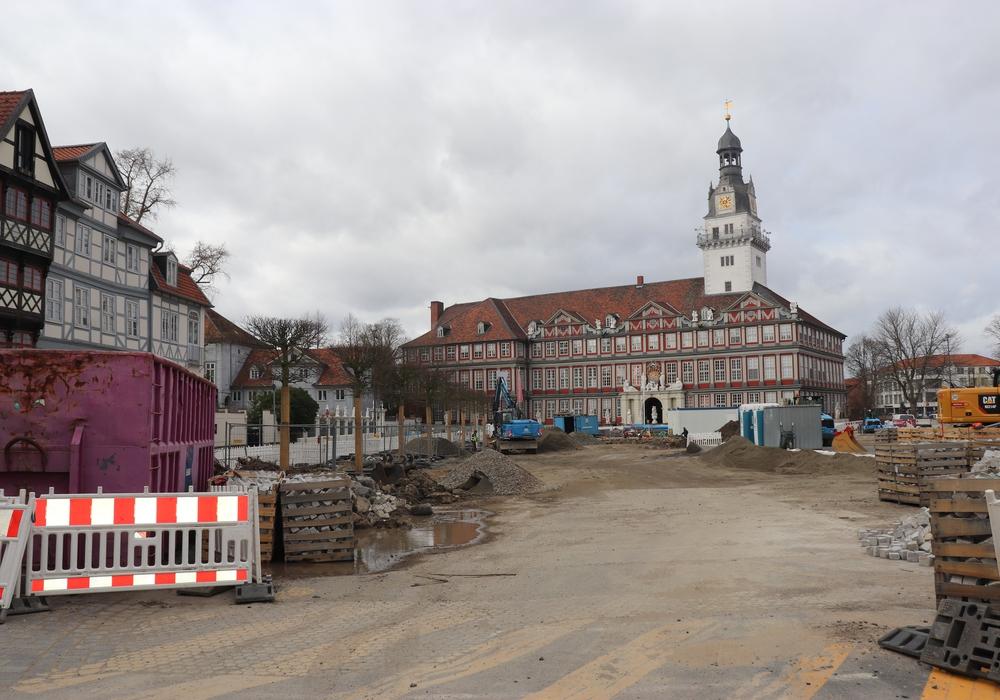 Der nächste Schritt der Schlossplatz-Baustelle beginnt. Foto: Julia Seidel