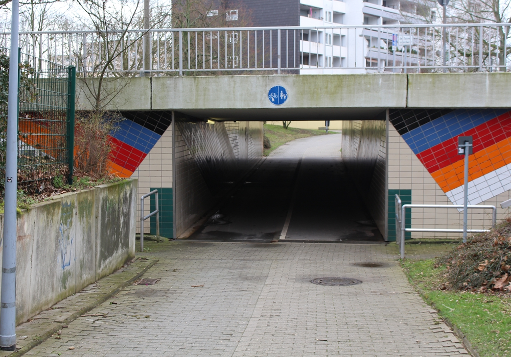 Der Tunnel unter dem Dresedener Ring soll saniert werden. Fotos: Bernd Dukiewitz