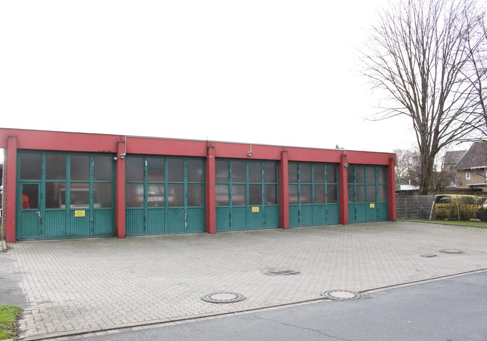 Das alte Feuerwehrgerätehaus hat ausgedient und soll durch ein neues ersetzt werden. Foto: Max Förster