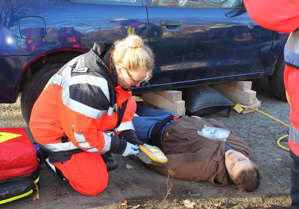 20 unfallrealistisch geschminkte Verletzte mussten bei diesem Großschadensereignis rettungsdienstlich versorgt werden. Fotos: Landkreis Goslar