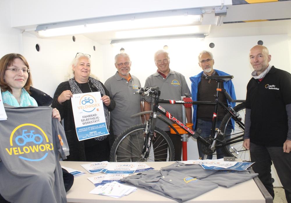 Am 23. Mai öffnet eine neue Fahrradwerkstatt für Bastler auf dem Stadtmarkt. Fotos: Anke Donner