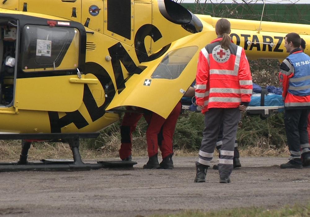 Drei Motorräder landeten im Graben. Ein verletzter musste mit dem Hubschrauber nach Braunschweig geflogen werden. Symbolfoto: aktuell24