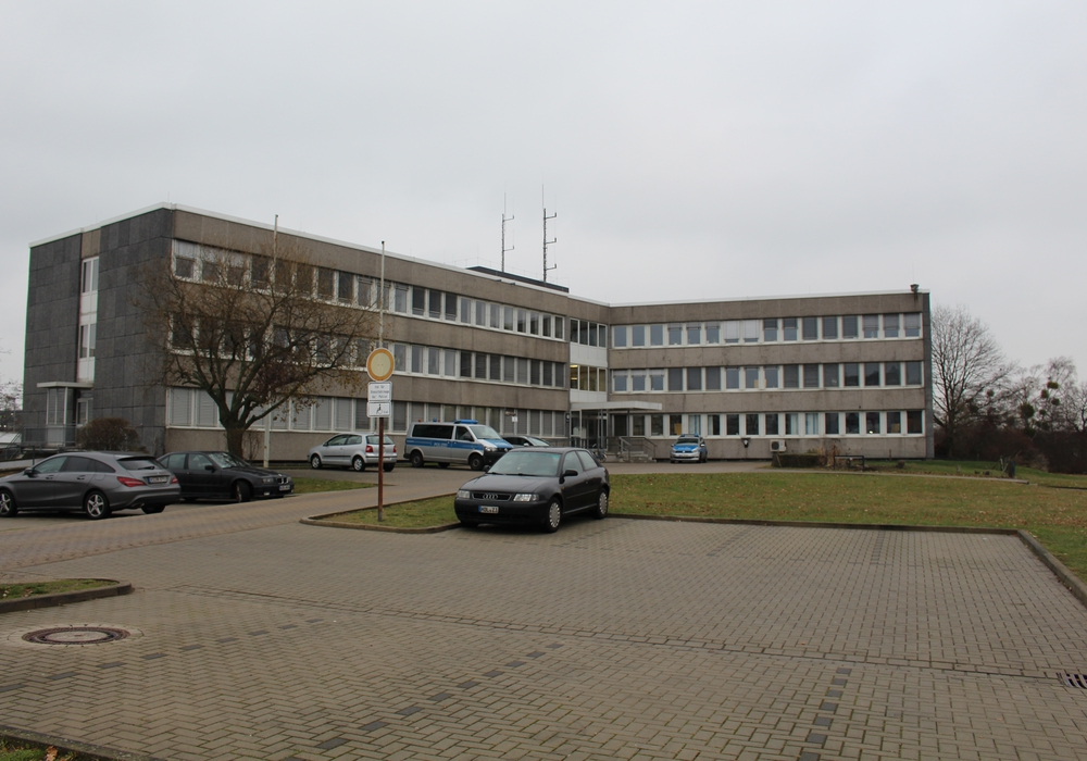 Die Polizei Wolfsburg sucht nach Zeugen. Foto: Bernd Dukiewitz