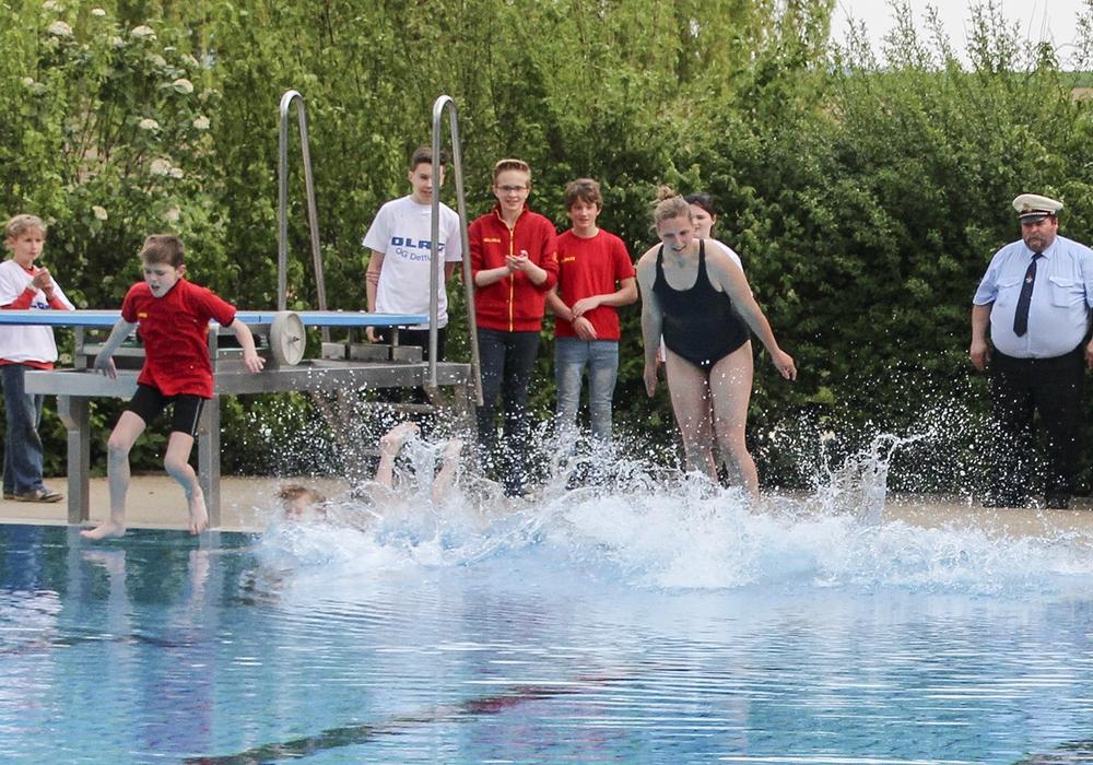 Der Förderverein Dettumer Freibad e.V. lädt zur alljährlichen Poolparty. Foto: Dettumer Freibad