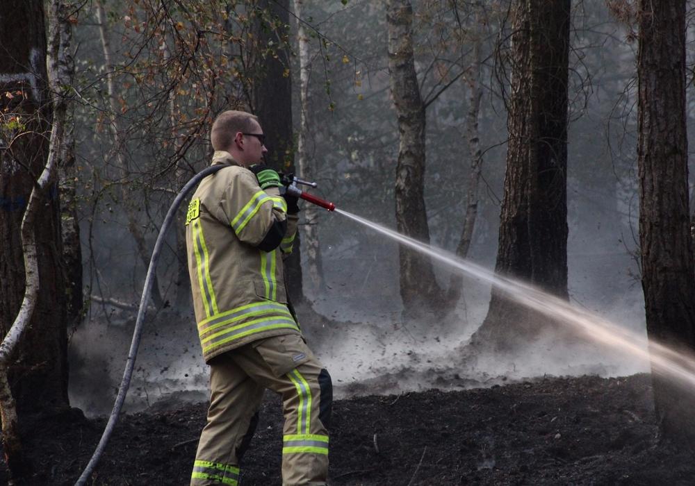 Nach 24 Stunden können die Feuerwehren abbauen. Foto: Aygün Erarslan Feuerwehrpressesprecher Süd Kreisfeuerwehr HE