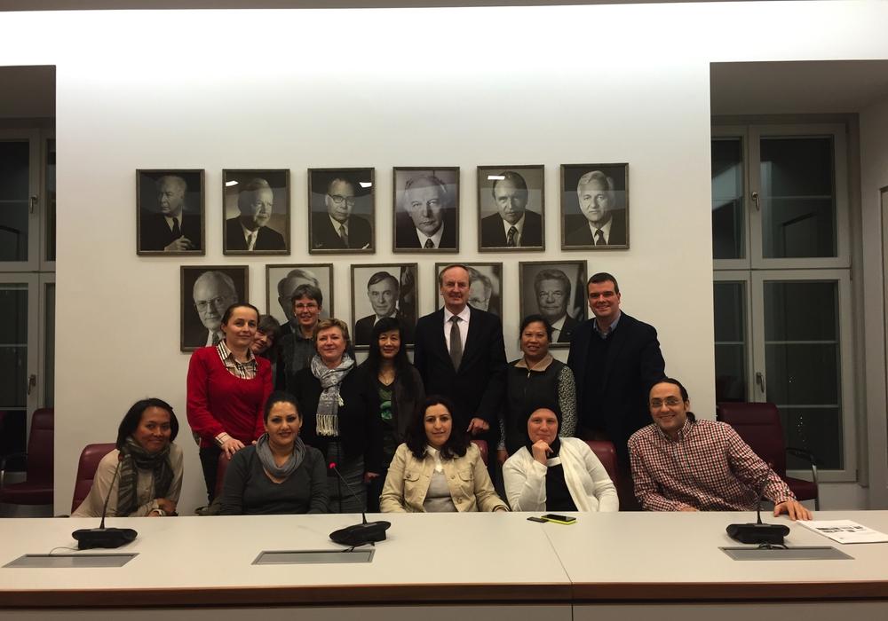 Teilnehmer des Sprachcafés zu Besuch im Landtag. Foto: Privat