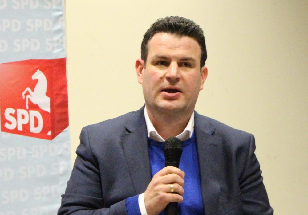 Hubertus Heil hofft auf rege Teilnahme an der Juniorwahl. Foto: Frederick Becker