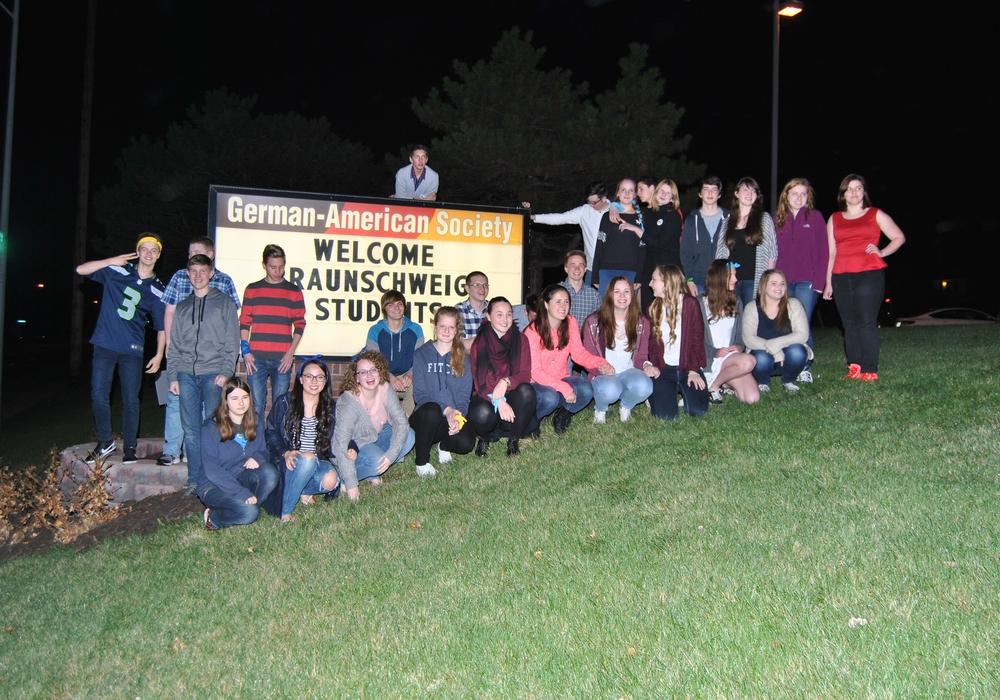 Braunschweiger Jugendliche in Omaha/Nebraska beim Abschiedsabend im April 2015. Foto: Privat
