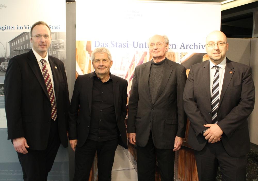 Die Experten des heutigen Abends: Roland Jahn (links) und Christoph Schaefgen (rechts). Foto: Christoph Böttcher