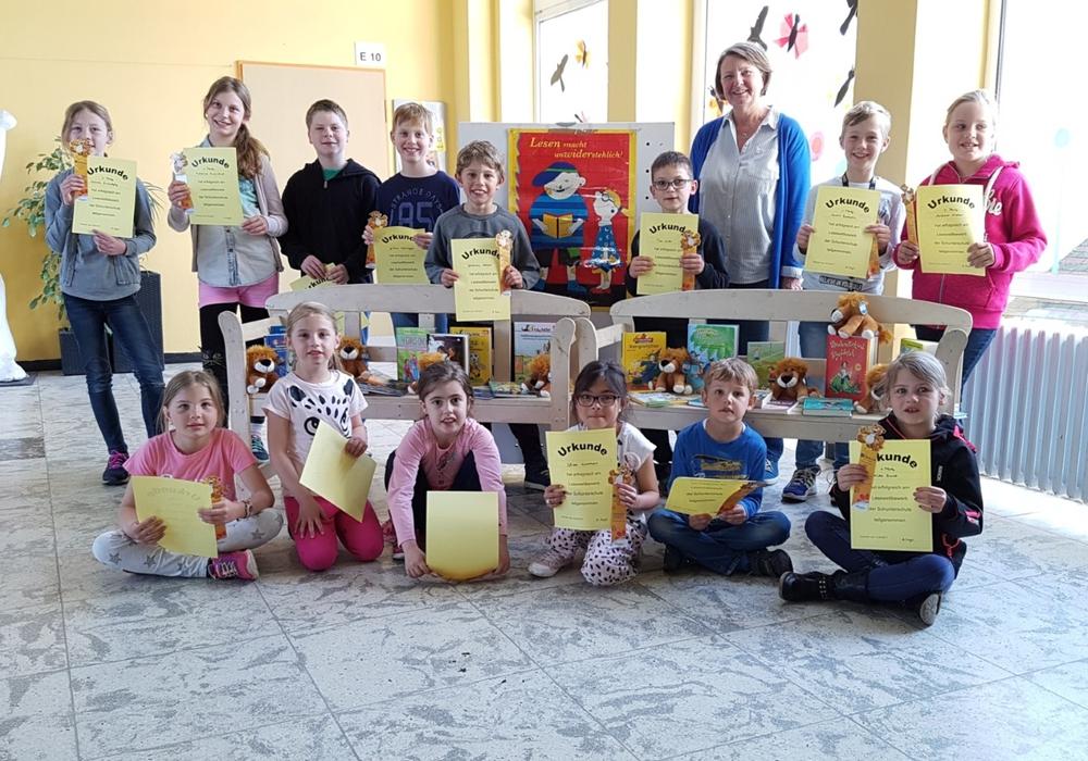 Strahlende Gesichter gab es bei den Teilnehmern des Vorlesewettbewerbes in Flechtorf. Fotos: Gemeinde Lehre
