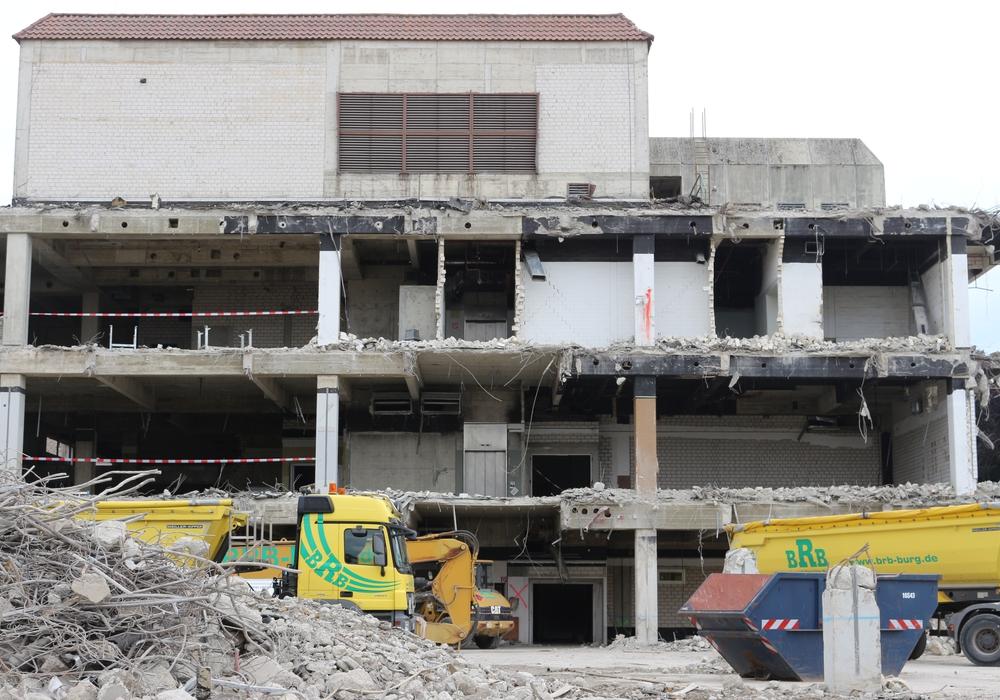 Auch über das ehemalige Hertie-Gebäude wird diskutiert. Foto: Anke Donner