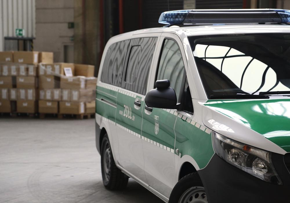 Der Zoll hat mehrere Paketdienstleister in der Region unter die Lupe genommen. Symbolfoto: Zoll Braunschweig