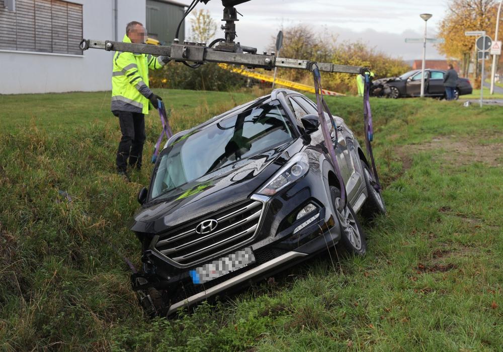 Der Fahrer des Hyundai hatte das Stoppschild missachtet. Fotos: Rudolf Karliczek