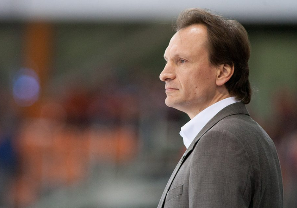 Grizzlys Trainer Pavel Gross lässt sich die Favoritenrolle wie gewohnt nicht aufdrücken. Foto: Reinelt/PresseBlen.de